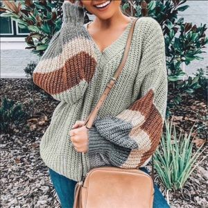 SAGE GREEN KNIT SWEATER